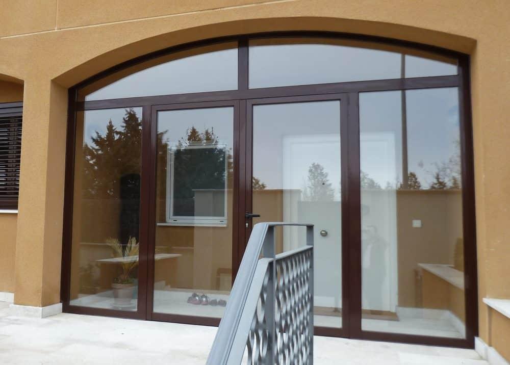 puertas y ventanas abatibles