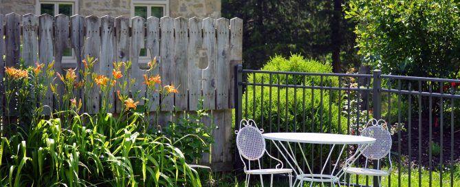 Vallados en jardín