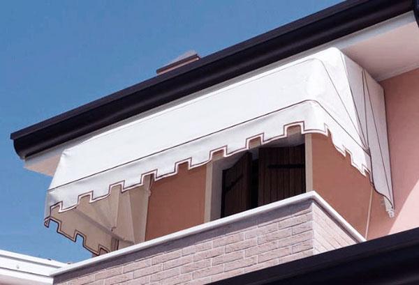 El toldo capota se usa en ventanas