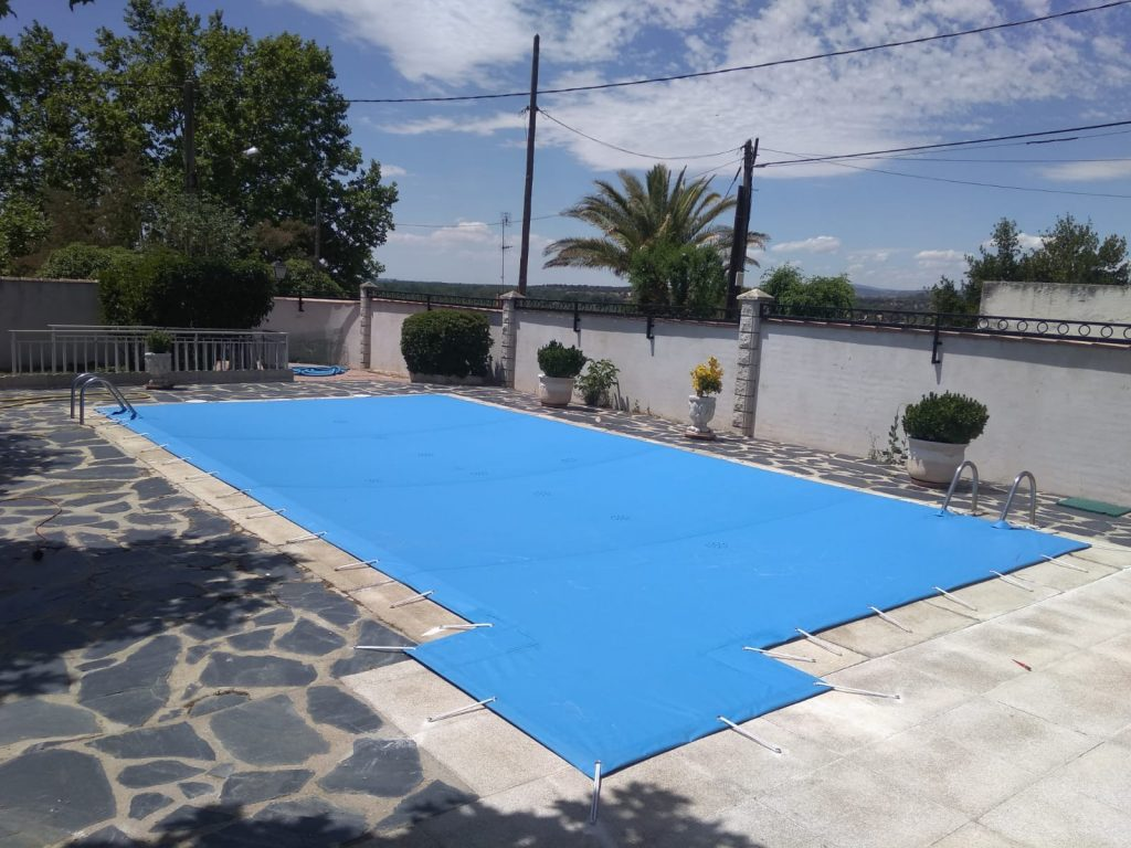 Tipos de lona de piscina que existen