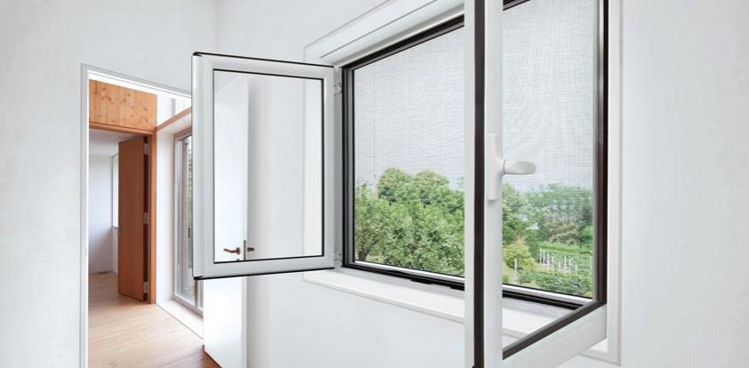 instalar ventanas con mosquiteras para el hogar